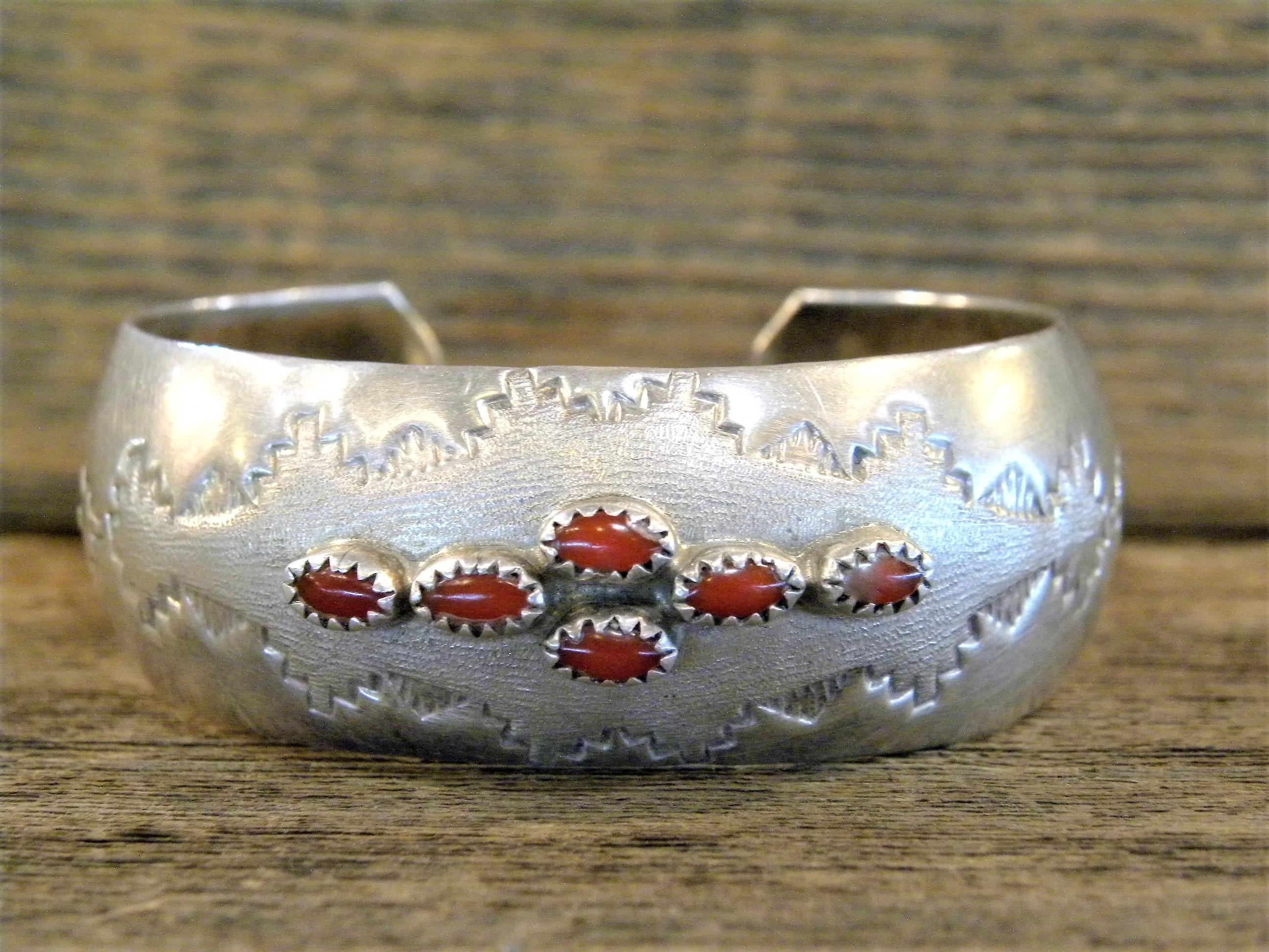 PB35 Pawn Coral Bracelet