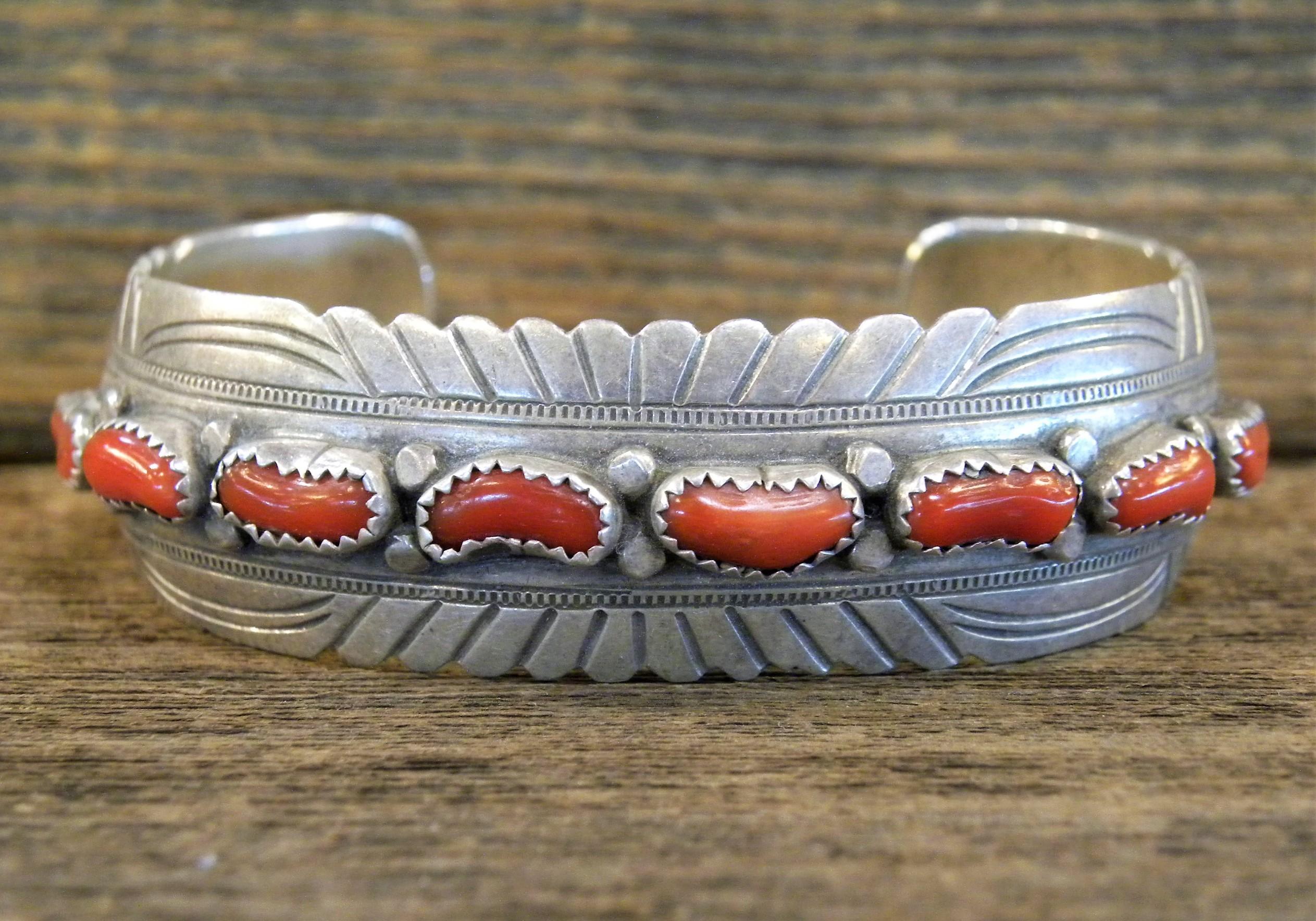 PB46 Pawn Coral Bracelet