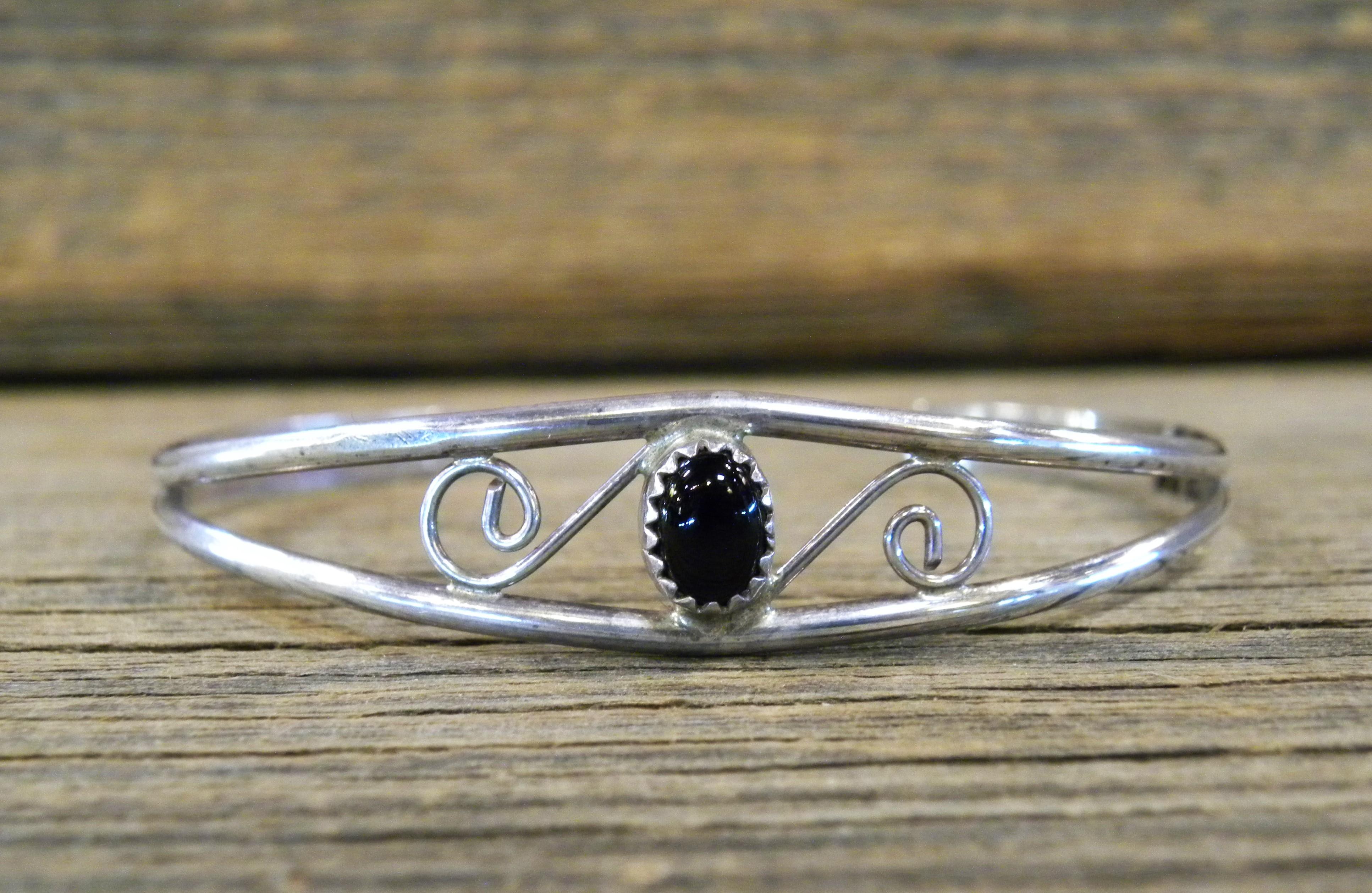 B12- Navajo Handmade Onyx Bracelet