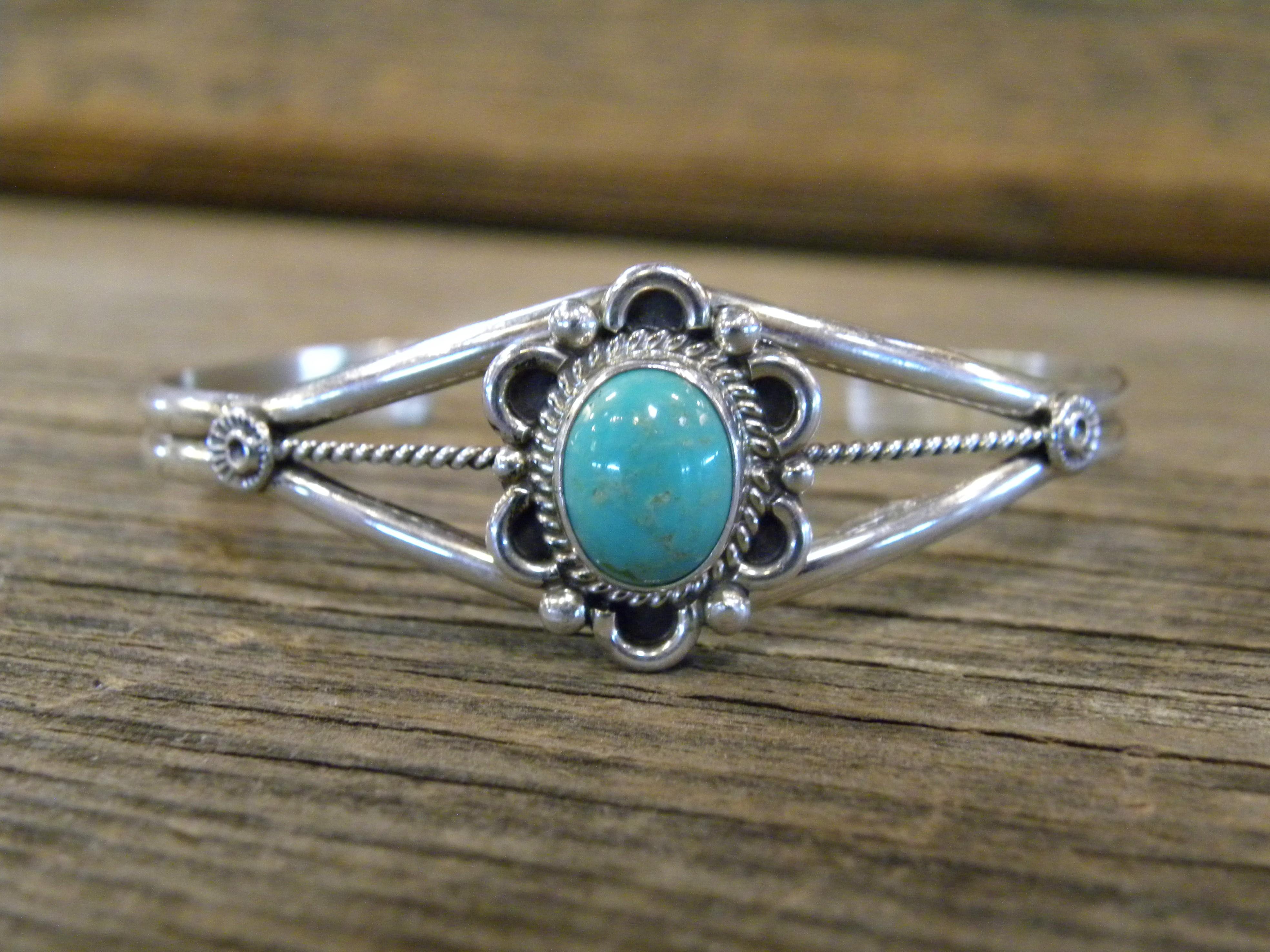 B17- Navajo Handmade Turquoise Bracelet