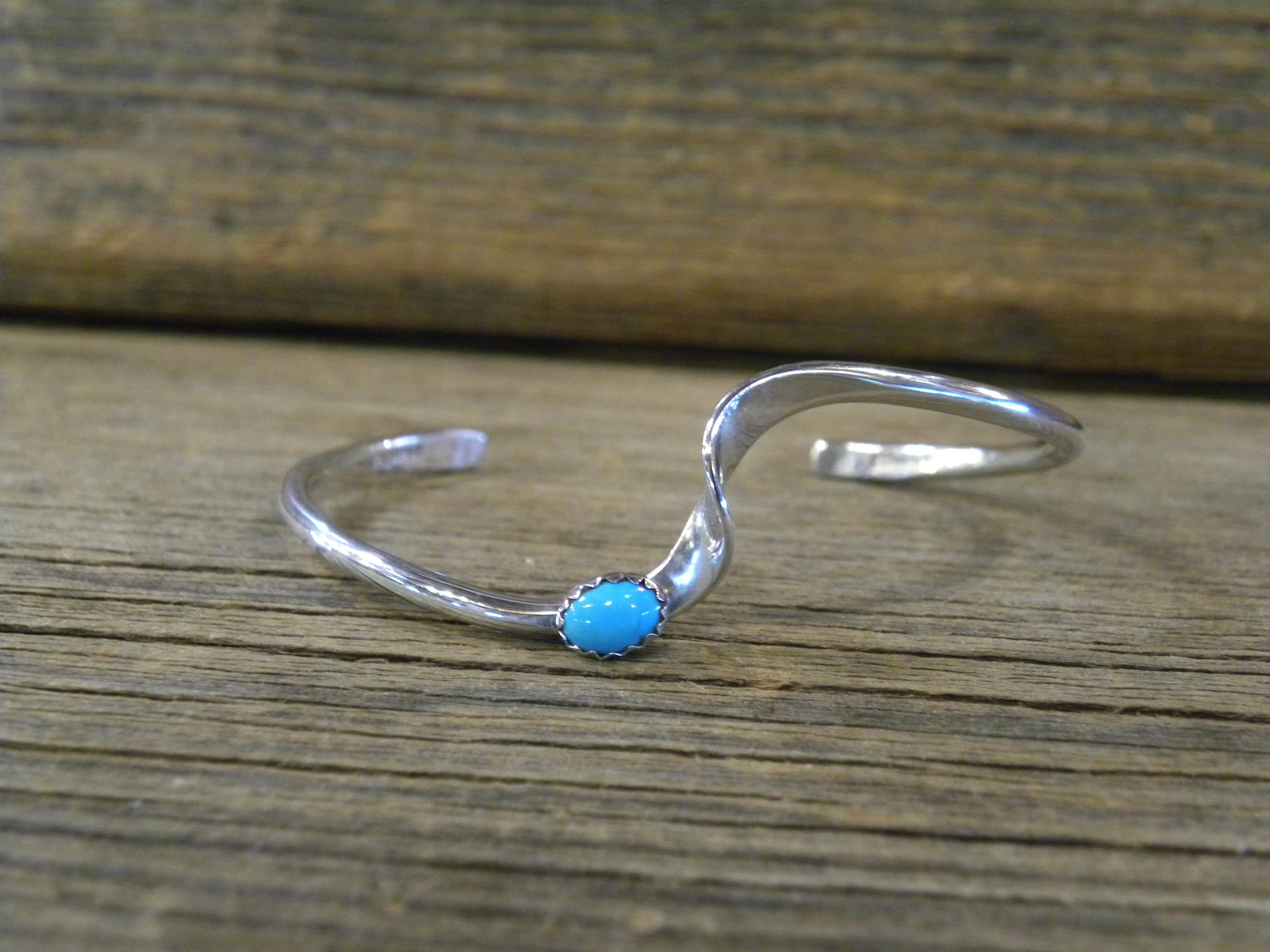 B19- Navajo Handmade Bracelet