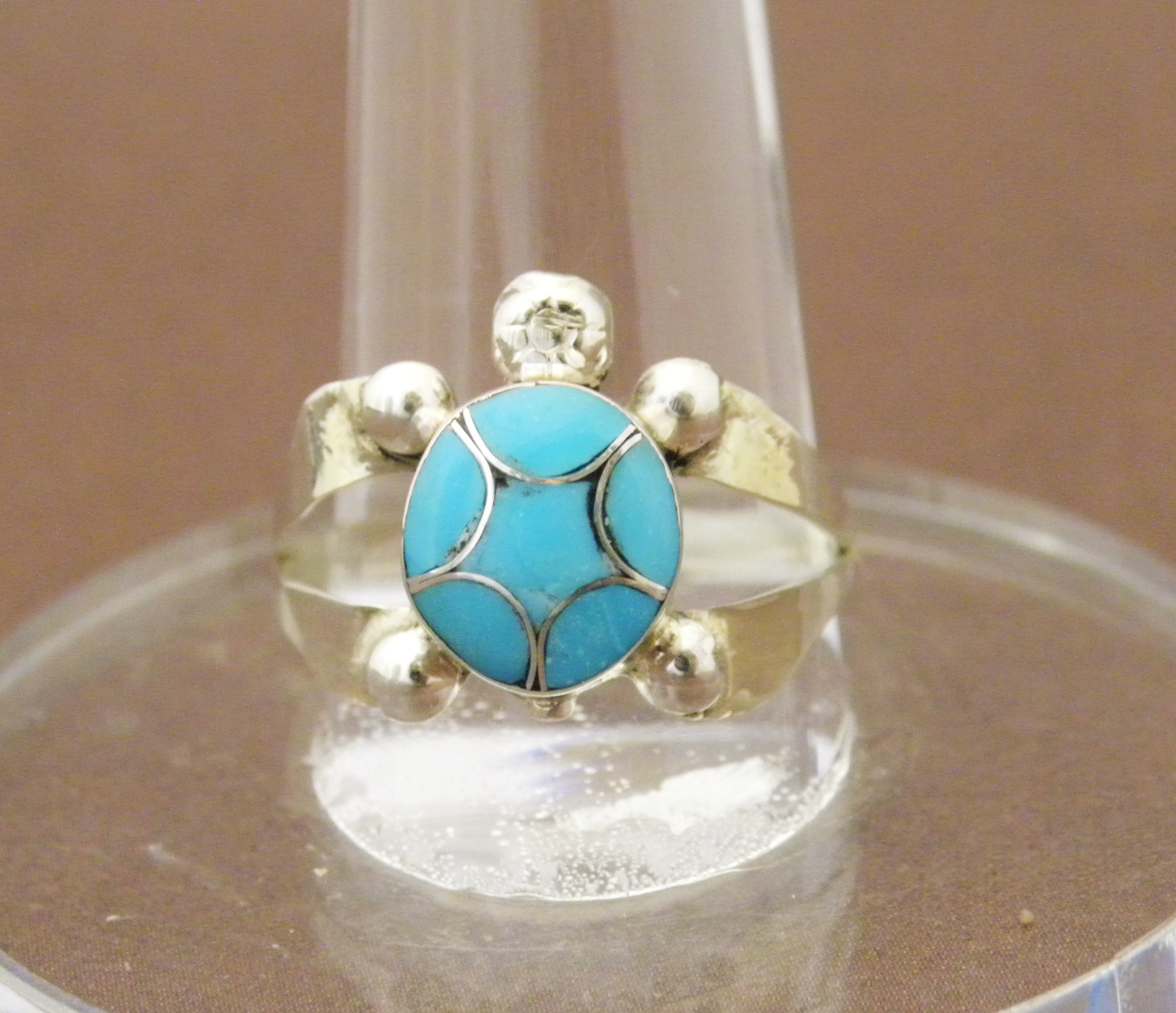 R7- Zuni Inlay Turquoise Turtle Ring