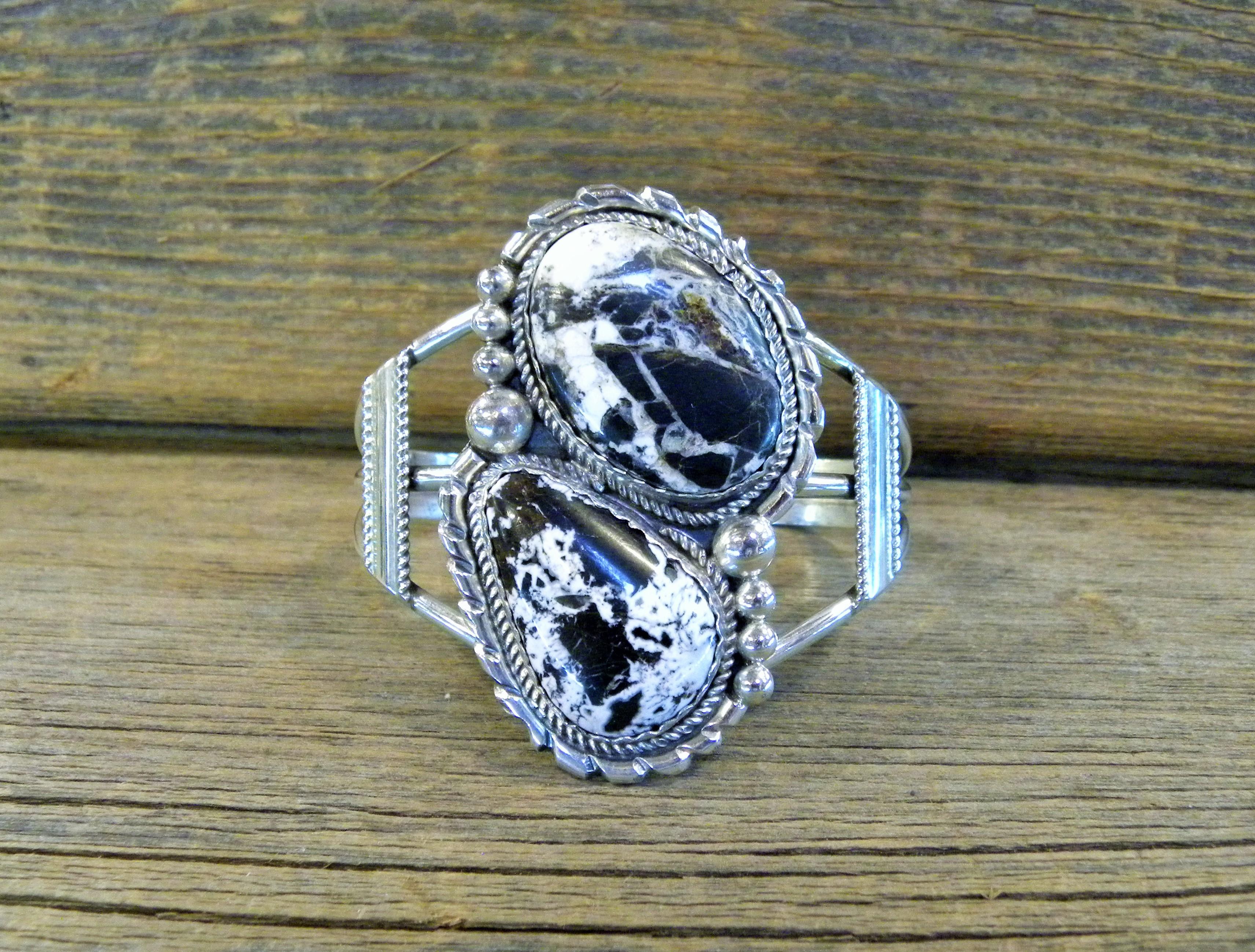 MLAB23- Monroe & Lillie Ashley White Buffalo Bracelet