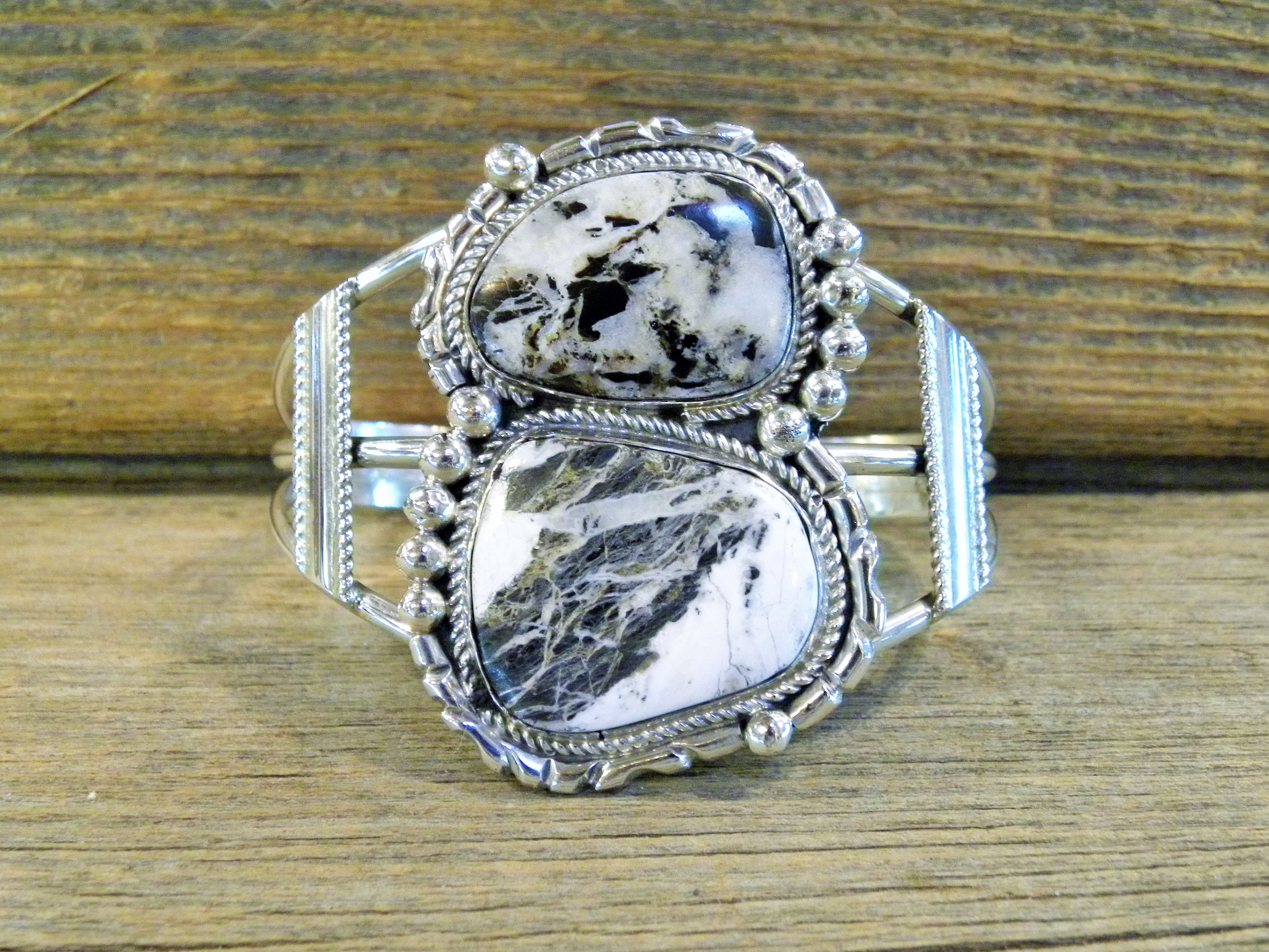 MLAB25- Monroe & Lillie Ashley White Buffalo Bracelet