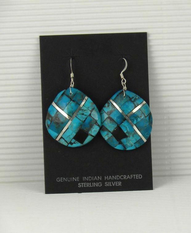 ERN65 Santo Domingo Shell Earrings