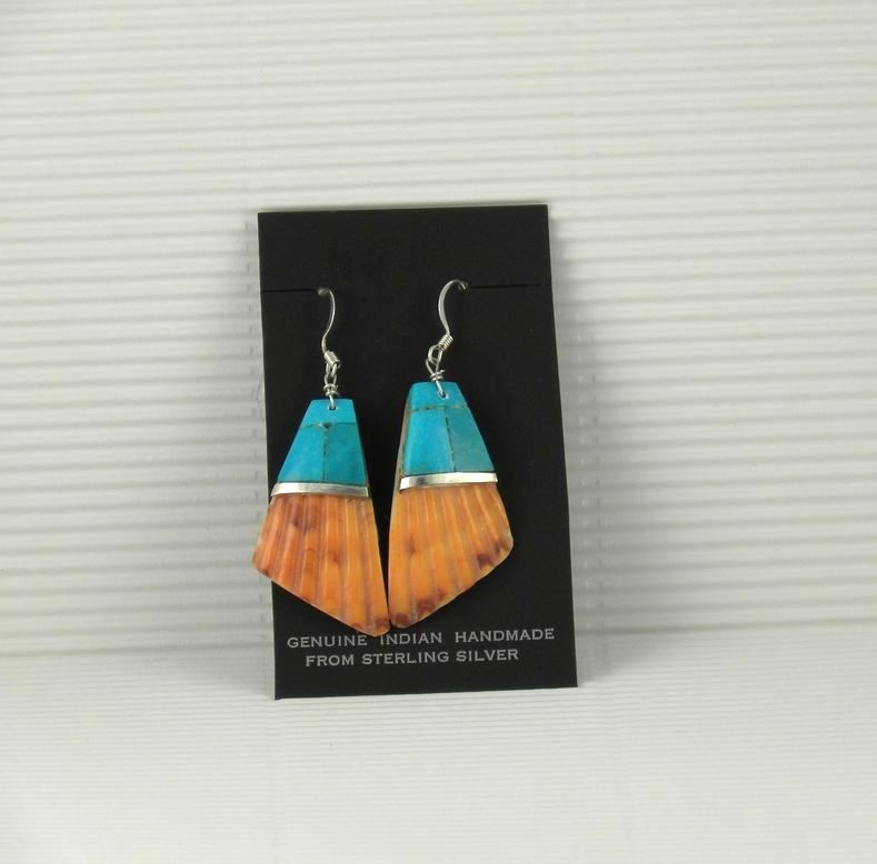ERN66 Santo Domingo Shell Earrings