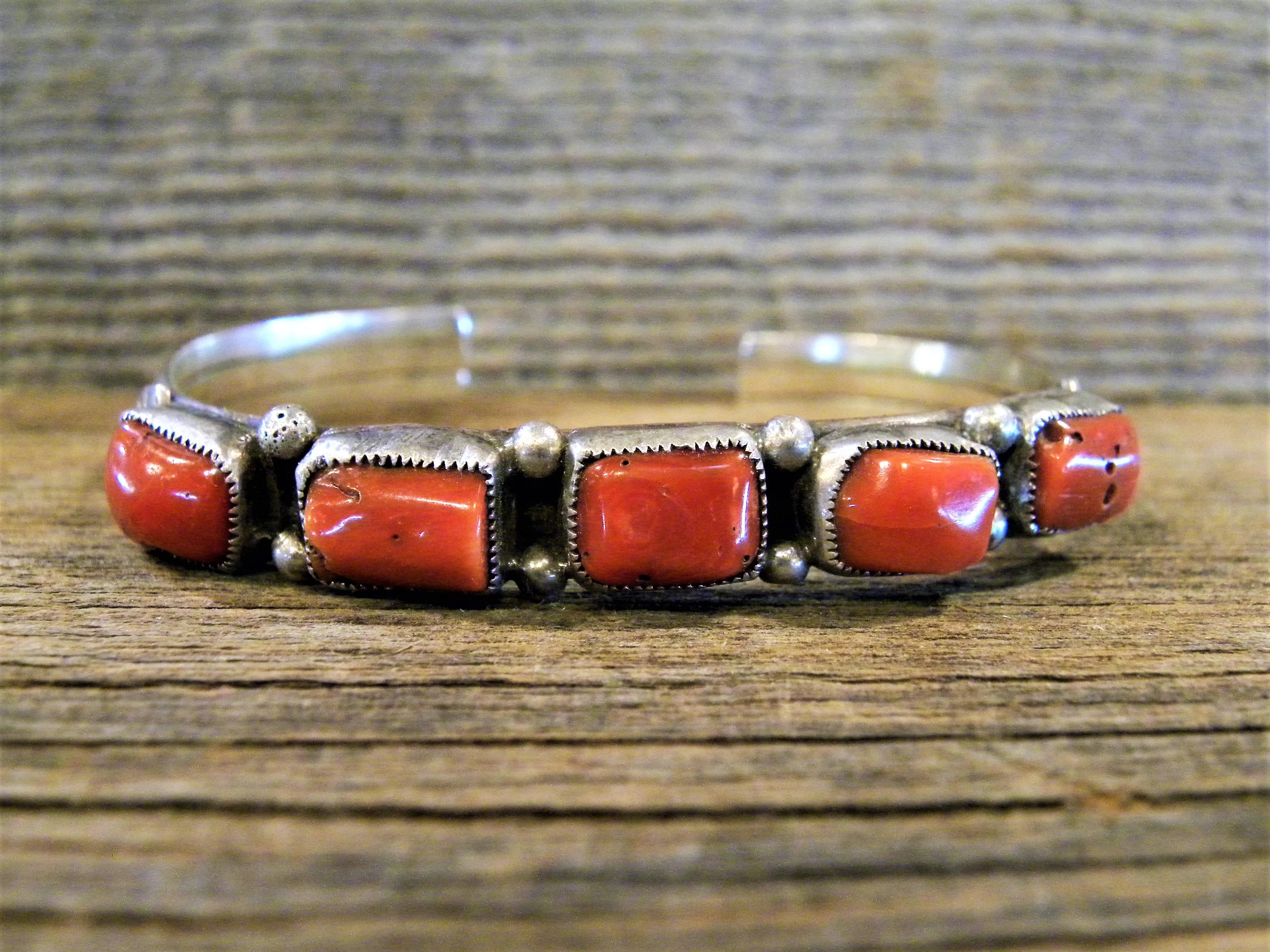 PB16 Pawn Coral Bracelet