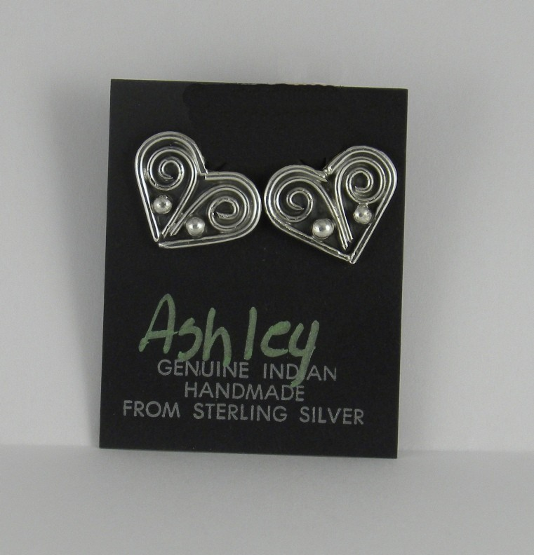 AER4 Monroe and Lillie Ashley Heart Earrings