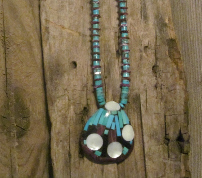 Santo Domingo Turquoise Heshi Necklace NN27