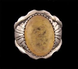 R119 Navajo Handmade Amber Ring
