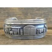 PB63 Pawn Storyteller Design Bracelet